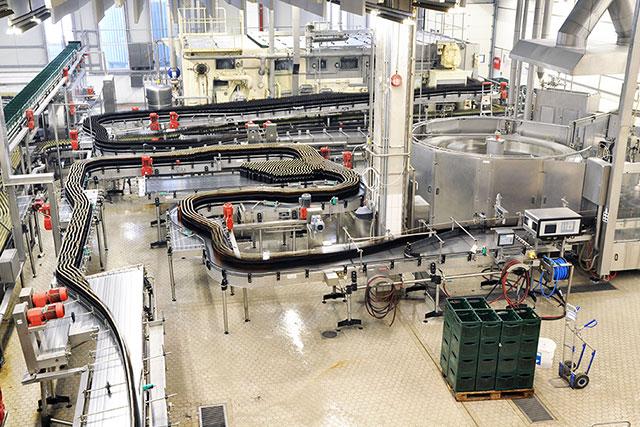 工場や倉庫における作業の効率的な学習